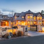 How To Sell Luxury Housing?